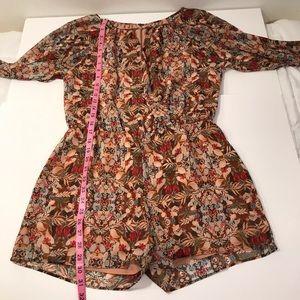 BCBGeneration Dresses - 🔥BCBG Floral Jumper NWT